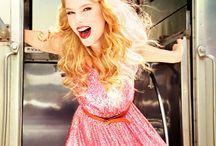 Tatlılık,mükemmellik,aşk,güzellik...=Taylor Swift♥♥