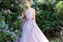 Esküvő - Lila menyasszonyi ruhák