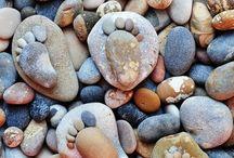 Voet met steentjes