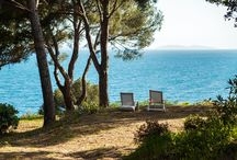 Private beach St Tropez / Beautiful villa set amongst trees with direct access to the sea. A heaven of peace for 12 people.