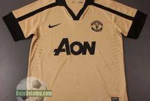 92e2612e9cb Koleksi Baju BOla Manchester United   baju bola manchester united dari  tahun ke tahun