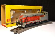 1:87 world of HO locomotives / Years ago I worked in Model Railway shop as a seller.. since than there is no escape!