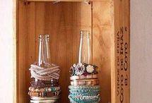Organizador de Bijuterias! / Idéias bacanas e super divertidas para nos inspirar a organizar nossas bijuterias de uma maneira simples, estilosa e linda!