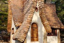 Fachadas / Casas antiguas. Casas en los árboles. Casas de cuentos de hadas.