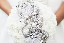 Bridal Bouquets / Ideas for bridal bouquets from DIY to colours & flowers