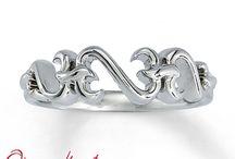 Rings ♥ / by Lisa Alliman