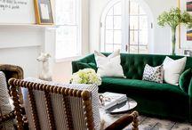 SALON / Salon- klasyczny, nasz pomysl : zamiast naroznika dwie sofy. Jedna sofa z opcja spania, druga juz niekoniecznie. Jedna sofa w zywym kolorze lub skorzana ( bardziej dekoracyjna ) Lampy i cieple oswietlenie