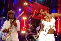 Chic and Nile Rodgers. / Nile Rodgers and Chic.