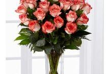 Envio de flores a domocilio / En florería afloramor  podemos encontrar estos y muchos mas floreros con rosas.