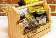 Gift Baskets / Gift Baskets filled with Michigan products