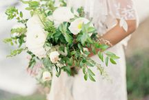 Bouquets and Boutonniere Inspiration / Wedding bouquets and boutonnieres
