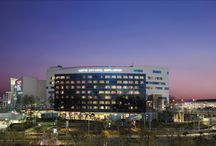 Lotte Hotel Gimpo Airport / Lotte City Hotel Gimpo is located at Lotte Mall Gimpo Airport with easy access to Incheon International Airport and downtown Seoul. It is a premium business hotel that provides a one-stop venue for comfortable rest, shopping, leisure, and entertainment.