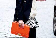 ► Styl gwiazd: Olivia Palermo◄ / Co powiecie na mocny pomarańczowy akcent?  Fantastyczny efekt, prawda?  Torebki do kupienia na www.torebki.pl/manufacturer/barada