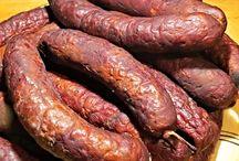 klobásy, maso domácí