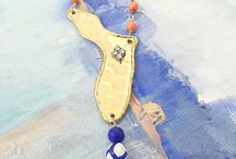 Gameday Fashion / Dora Mae Jewelry celebrates your favorite Sports and Teams