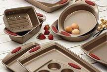 Baking Bests - Product Recommendations / Recommendations of best baking products for your kitchen, including best stand mixers, bread machines, cake pans, cookie sheets, bakeware, and more.
