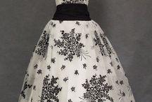 1950's Prom Dresses / Classic era dresses for your prom. Tulle, satin, bead, crinoline,