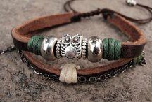 Crafts - Jewelry / by Ann Savala