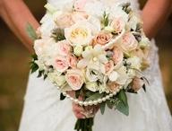 flowers / by Tania Albertyn