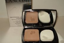 Makeup - Bronzers & Highlighters / by Lalie Beedham