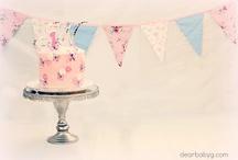 Maggie's First Birthday Cake Smash
