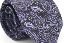Accesorios / Examinar nuestra última colección de accesorios de moda como corbatas, pajaritas, ligas, sombreros y gemelos para hombres con el mejor material de calidad a un precio más bajo.