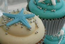 Cupcakes / by Andrea Habermeyer