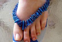 DIY Shoes and heels / by Rain Blanken
