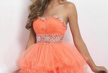 Dresses / by Lindsay