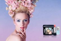 Dior Trianon Koleksiyonu / Dior'un yeni İlkbahar Makyajı, renkleriyle adeta mutluluk ve coşku veriyor. Özellikle bir açıp bir kapayan bu günlerde renkleriyle canlandırıcı etki yapacağına inandığımız koleksiyonun adı Trianon. Bu yeni makyajın iham kaynağı ise Marie-Antoinette'in renkli hayatı... Trianon Koleksiyonu'nun şeker gibi tatlı, gökkuşağı gibi renkli ürünlerini keşfetmek için linki ziyaret edebilirsiniz: