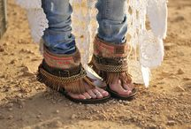 Shoes / by Cyn Ramírez