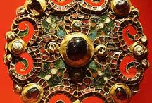 Anglo Saxon art and ornament / Early medieval art and archaeology from the Anglo Saxons