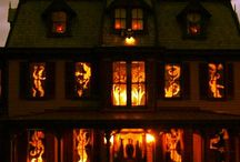 Halloween 2014 / Everything Halloween! Pumpkins, ghosts, goblins, decor, costumes, trick or treat, haunted houses and more! #Halloween #pumpkins #ghosts #goblins #decor, #scary #costumes #trickortreat #hauntedhouse