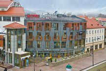 Noclegi Sopot - Hotel Bayjonn / Bayjonn Hotel to idealne miejsce na wypoczynek. komfortowe warunki pobytu, przestronne luksusowe pokoje i przemiła obsługa oraz 300 metrów do plaży to wyróżnia Hotel Bayjonn