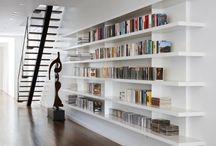 Boeken / Mooie witte kast