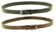Belts / The belts are available in all our colours and leather types. The belts can be ordered in two different lengths; 105cm and 125cm. It is very easy to take off the buckle, so that you can adjust the length to the right size.