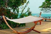Hamacs / Almateon propose une sélection de hamacs et de fauteuils suspendus, parfaits pour vous détendre.