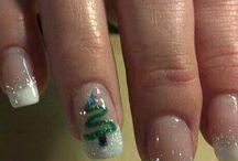 Christmas nsils / by Carissa Warren