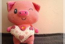 amigurumi pigs