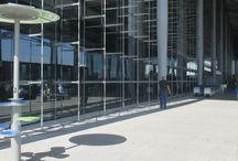 Borne de charge solaire pour smartphones - Usbe Smart Charger / Mobilier urbain solaire