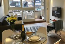 Central London Places to Stay | By Tower Bridge & Tower of London | Holiday Letting  Vacation Rental / Are you looking for the best place to stay while you're visiting London that is clean, comfortable and has soul?  Check out this waterside apartment set within St Katharine Docks.  Next to a large quality supermarket (Waitrose) and other conveniences, it is a peaceful hideaway often overlooked by tourists.