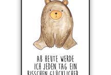Beary Times / Jedes wunderschöne Poster aus dem Hause Mr. & Mrs. Panda ist mit Liebe handgezeichnet und entworfen. Wir liefern es sicher und schnell im Format DIN A3 zu dir nach Hause.