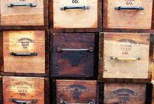 Wooden box / Dřevěné bedny
