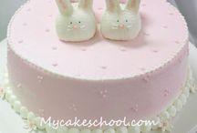 baby cakes / by Lorraine Jansen van Vuuren