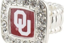 i love my sooners / by Sammy Bourdeau