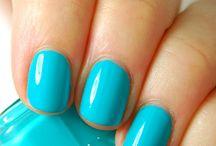 Nails -_- / Nails =) Imm...