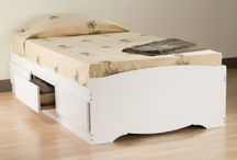 Dorm Room Ideas / Dorm room ideas & essentials for students.