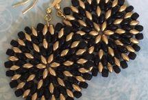 Orecchini di perline di semi