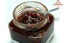Vynikající čatný a pesta / Ochutnejte cibuládu nebo čatný. K masu je to vynikající kombinace.
