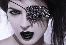 Broke Xmas Crifting / by Justine Rhyne